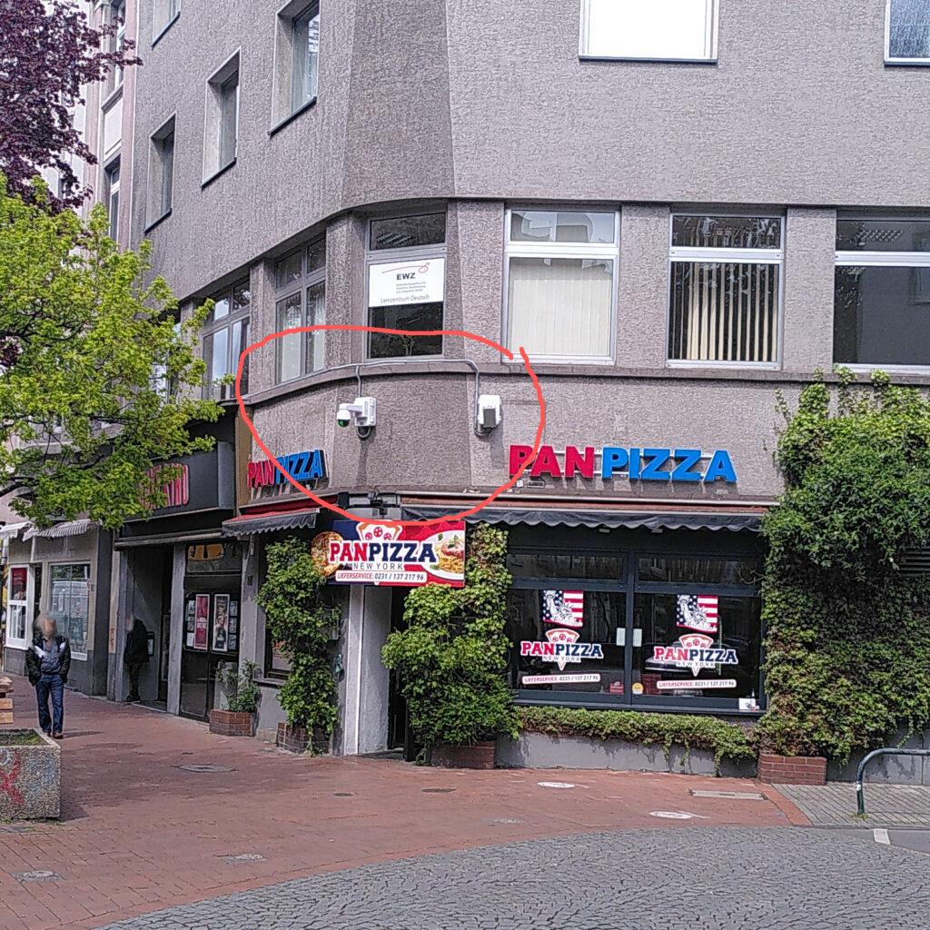 Zwei Kameras an der Ecke Münsterstraße/Westhoffstraße